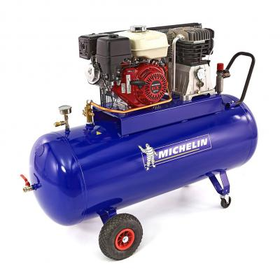 Benzinecompressor EURO 95 Honda motor 5.5pk 200 liter